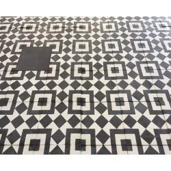Mosaico Geométrico Blanco y...